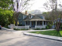 To Kill A Mockingbird - 4 - The Boo Radley house, as it was on Elm Street prior to Ghost Whisperer