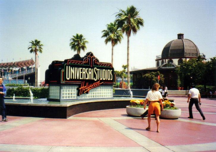 The Studiotour Com Universal Studios Hollywood Food Amp Drink Victoria Station