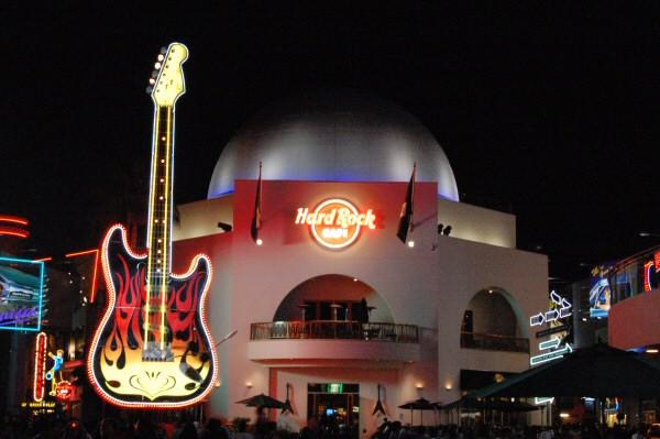 Hard Rock Cafe. Hard Rock Cafe, April 2007