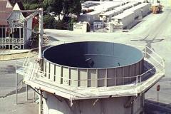 underwatertank1