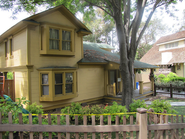 Elm Street theStudioTour – Ghost Whisperer House Floor Plan
