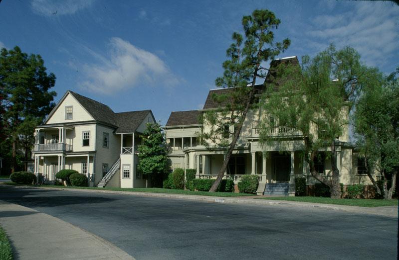 Colonial Street Delta House Thestudiotour Com