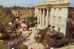 USH_Backlot_Courthouse_Square1979