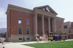 USH_Backlot_Courthouse_Square2001vip