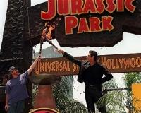 USH_Jurassic_Park_opening3